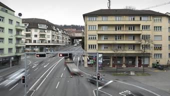 Investoren rechnen damit, dass Wohnraum im Gebiet der Rosengartenstrasse an Wert gewinnen könnte, wenn die stark befahrene Strasse mit einem Tunnel im Boden verschwindet.