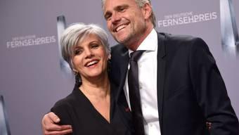 Birgit Schrowange und ihr Freund Frank Spothelfer kommen zur Verleihung des 19. Deutschen Fernsehpreises am Kölner Palladium an. (Archiv)
