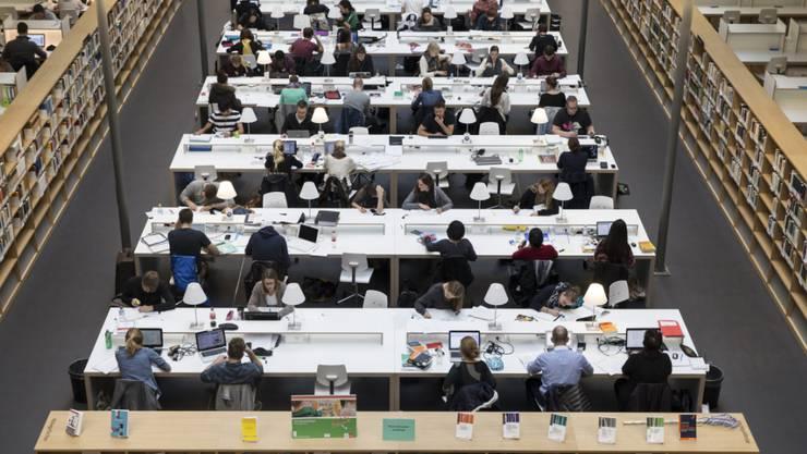 Wegen eines Stromausfalls im Serverraum waren Prüfungsnoten der Universität Bern zeitweise für Dritte zugänglich (Symbolbild)