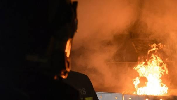 In einem Reihenhaus brach ein Feuer aus. (Symbolbild)