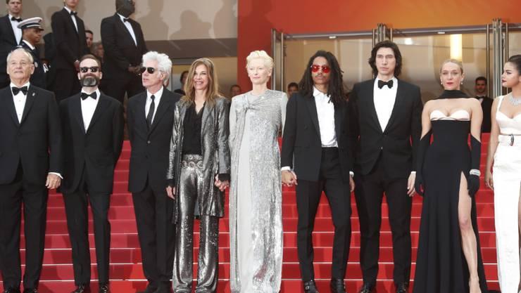 """Cast und Crew von """"The Dead Don't Die"""" am Dienstagabend bei der Eröffnung des 72. Filmfestival Cannes."""