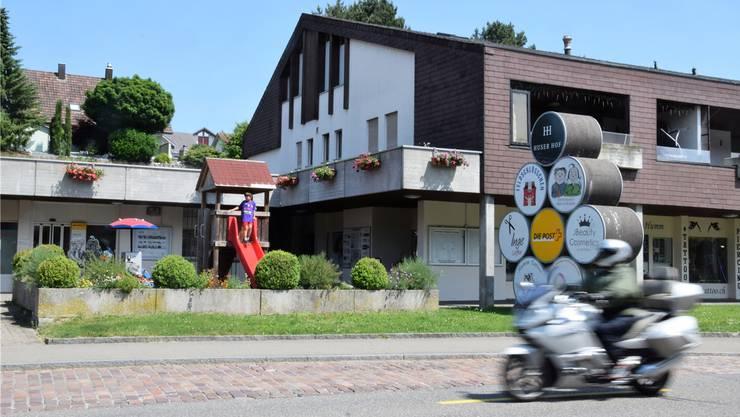 Die Poststelle befindet sich seit rund 40 Jahren im Huserhof an der Hauptstrasse 35.