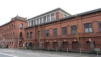 Die Umbau- und Sanierungspläne für die Rote Fabrik beschäftigen seit Jahren die Gerichte, nun auch das Bundesgericht. (Archivbild)