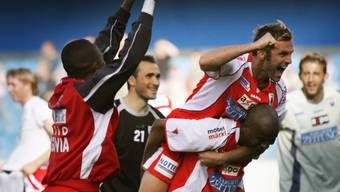 In der Saison 05/06 verhindert der FC Aarau den Abstieg am letzten Spieltag.