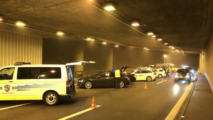 Auf der Rückreise der Street-Parade kontrolliert: Die Kantonspolizei Aargau stoppte rund 450 Fahrzeuge.