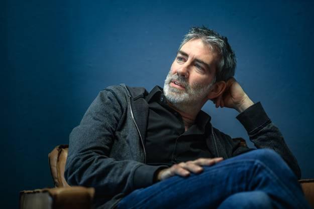Manuel Stahlberger beim Interview in seinem Atelier im St.Galler Stadtzentrum.