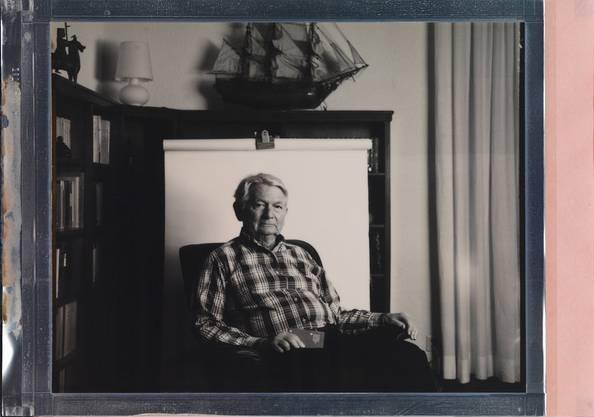 Franz, 78, Arzt: Der Reisepass ist für mich das Wichtigste, wenn ich flüchten müsste. Damit habe ich gute Chancen, überall aufgenommen zu werden.