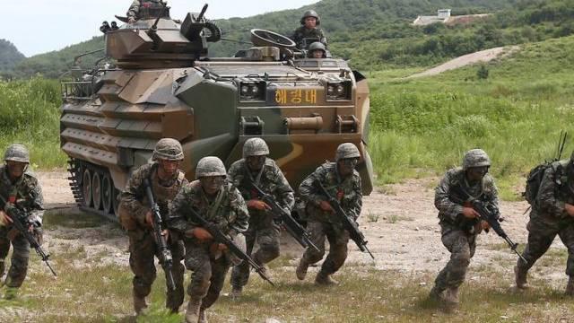 Soldaten der USA und Südkoreas üben gemeinsam (Archiv)