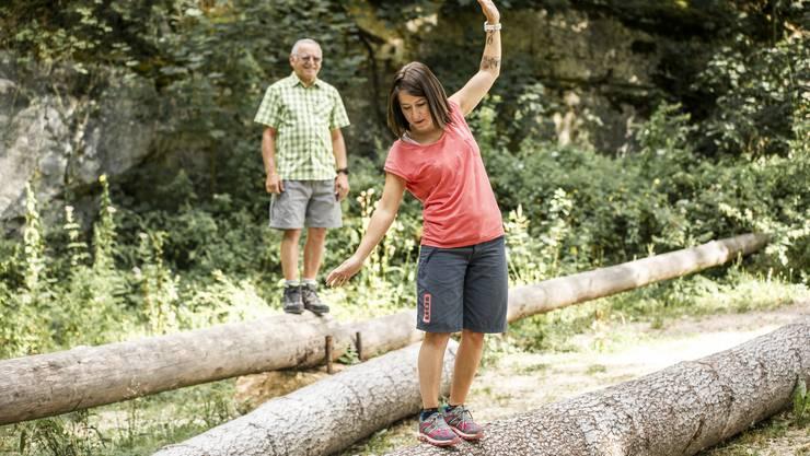 Auf einem Baumstamm zu balancieren, hätte sich Melanie Häfeli noch vor wenigen Monaten nicht zugetraut.