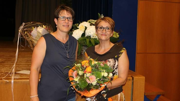 Vizepräsidentin Françoise Moser (links) und die scheidende Gemeindepräsidentin Sibylle Lüthi.