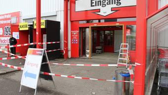 Im Mediamarkt Silbern in Dietikon wurde eingebrochen.