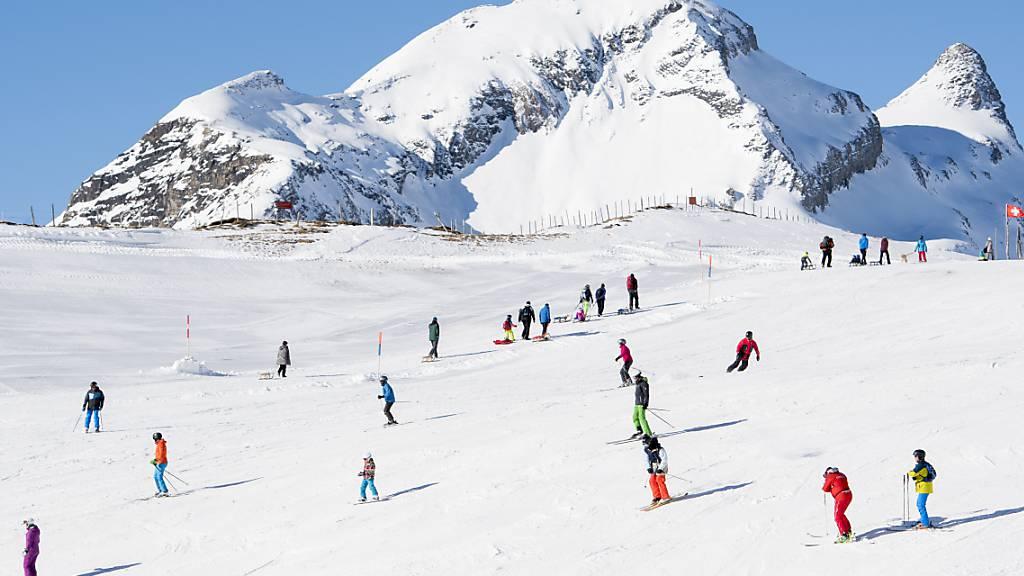 Schweizer stützen Feiertagsgeschäft in den Berggebieten