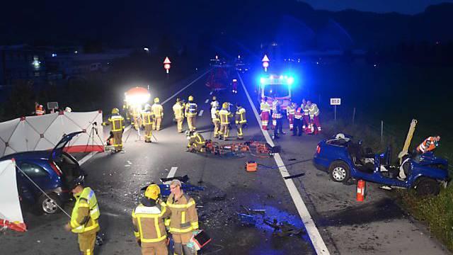 Unfallstelle bei Alpnach (Bild: Kantonspolizei OW)