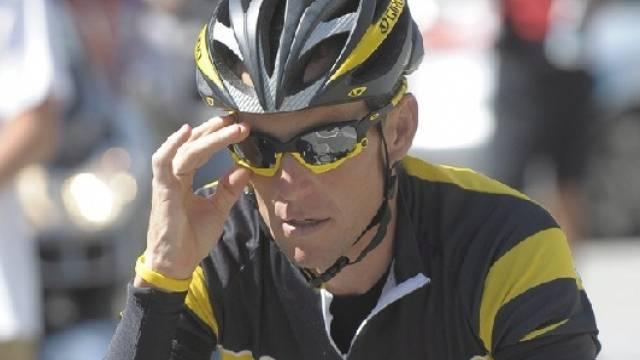 Lance Armstrong richtet seine Optik bereits auf die Tour 2010