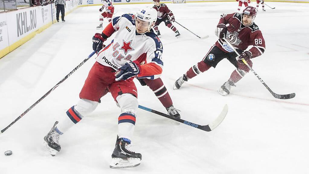 Brandon McMillan (rechts) spielte zuletzt in der KHL
