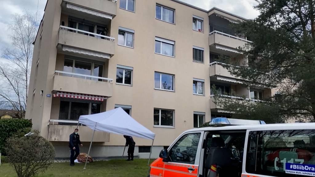 Mann stirbt nach Sturz von Balkon