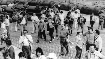 Sowjetische und US-Journalisten im Jahr 1988 anlässlich der geplanten Liquidation von SS-12-Raketen, auf die sich die Länder damals mit dem INF-Vertrag verständigt hatten: Laut den USA hat Russland jüngst gegen das Abkommen verstossen. (Archivbild)