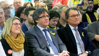 Musste sein Haus hergeben: Kataloniens Ex-Premier Artur Mas (rechts). (Archivbild)
