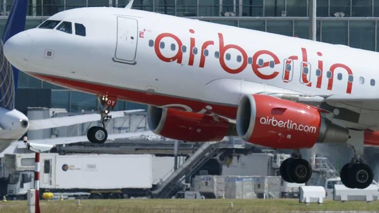 Airberlin, der Mutterkonzern von Belair, schreibt seit Jahren rote Zahlen. Im Zuge des Umbaus wird die Schweizer Tochter liquidiert. (Archiv)