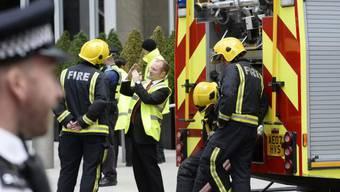 Nur Rauch, kein Brand: die Feuerwehr vo dem Shard Tower