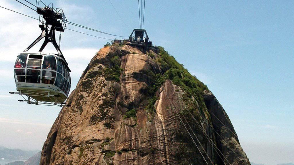 Die Luftseilbahn auf den Zuckerhut, Rio de Janeiros berühmtester Aussichtsberg. (Archivbild)