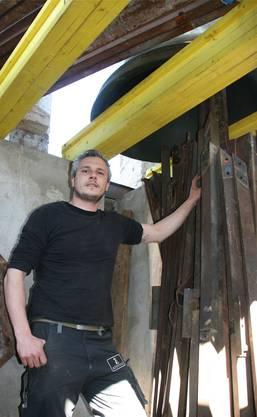 Tom Zingrich hat 1100 Schrauben vom Stahlgerüst gelöst.