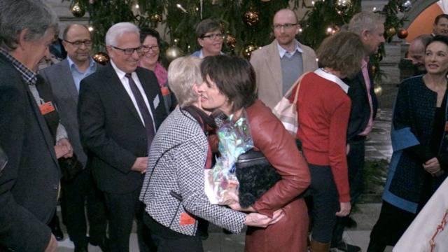 Alle wollen Bundespräsidentin Leuthard gratulieren