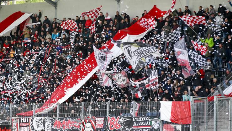 Die Standpauke im Oktober 2018 hat gewirkt: Mittlerweile haben die FCA-Fans wieder Grund, die Mannschaft zu feiern