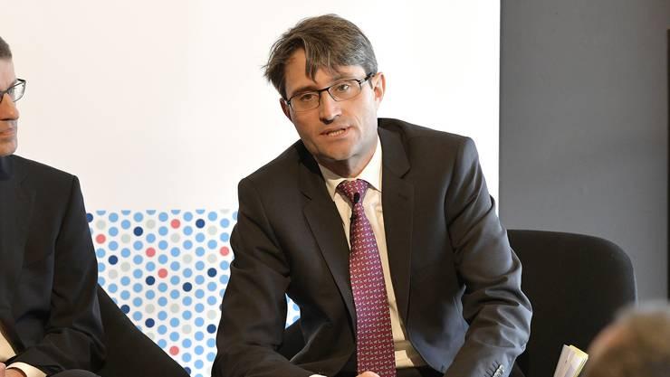 Der Basler Gesundheitsdirektor Lukas Engelberger (CVP) bei der Präsentation der Pläne für das neue Augeninstitut.
