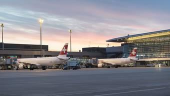 Vor allem die Städte Zürich, Dübendorf und Opfikon müssten mir mehr Fluglärm rechnen. (Symbolbild)