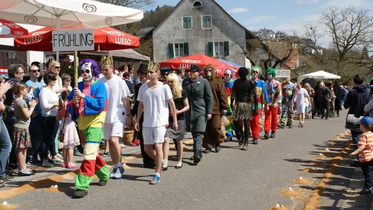 Eierauflesen 2015 in Auenstein