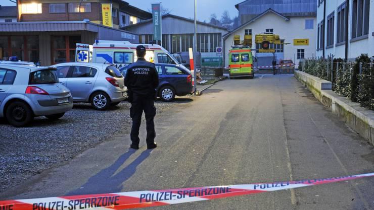 Nach der Schussabgabe: Der Verdacht auf Mord an der Ehefrau des Mazedoniers konnte bis jetzt nicht erhärtet werden.
