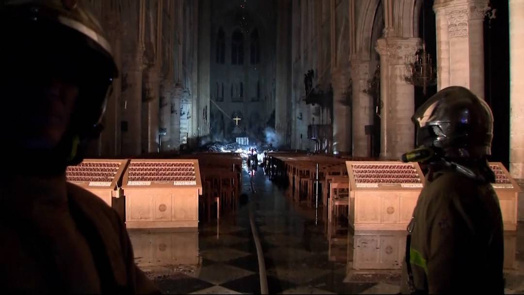 Notre-Dame: So arbeitet die Feuerwehr im Innern