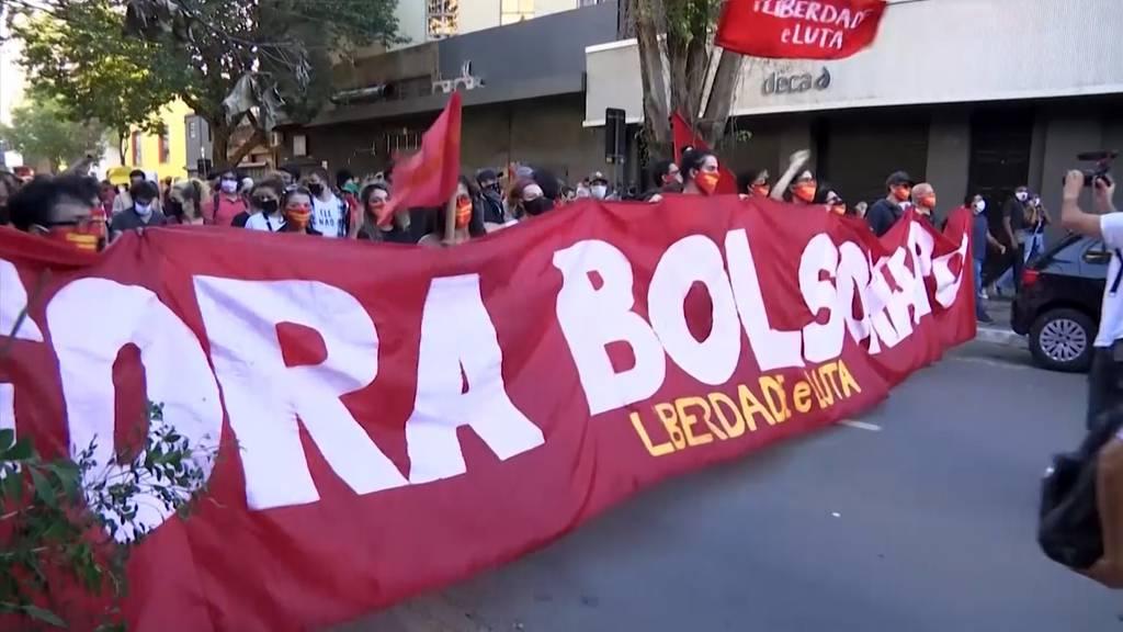Brasilien: Tausende demonstrieren trotz Corona gegen Bolsonaro