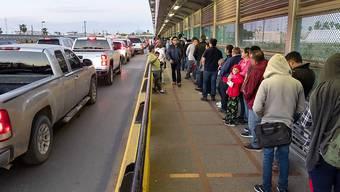 Einst kamen sie in Scharen - derzeit ist die Zahl der Migranten in Mexiko aber stark zurückgegangen; auch neue Asylanträge gibt es derzeit immer weniger. (Archivbild)
