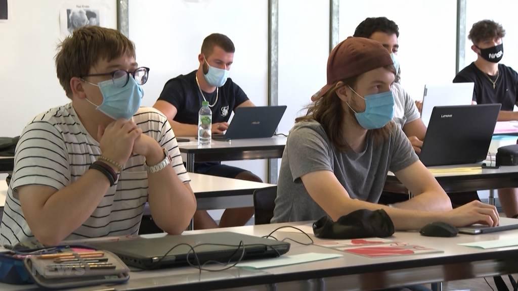 Nach drei Corona-Fällen: Kanton Solothurn verschärft Maskenpflicht in Schulen