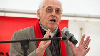 Helmut Hubacher bei einer Rede am 1. Mai 2014 in Brugg.