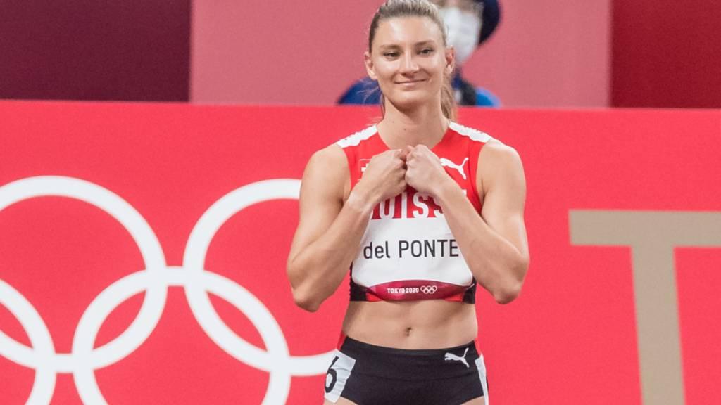 Ajla Del Ponte freut sich am Start - und wird starke Fünfte