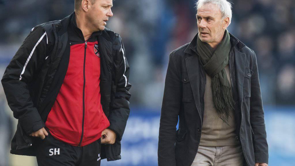 Xamax-Trainergespann Michel Decastel (rechts) und Stéphane Henchoz erhalten einen ehemaligen Ligue-1-Spieler für ihr Team
