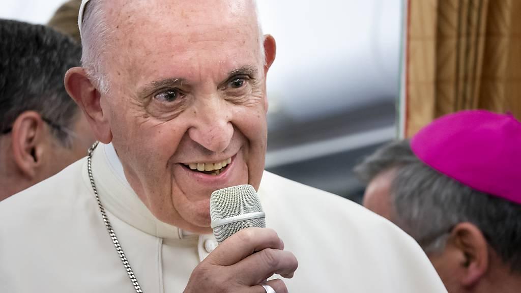 Papst fordert Ende der «Pandemie der Armut» nach dem Virus