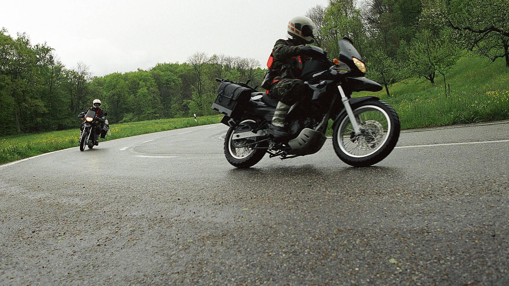 TCS kritisiert mögliche Parkgebühr für Roller und Motorräder