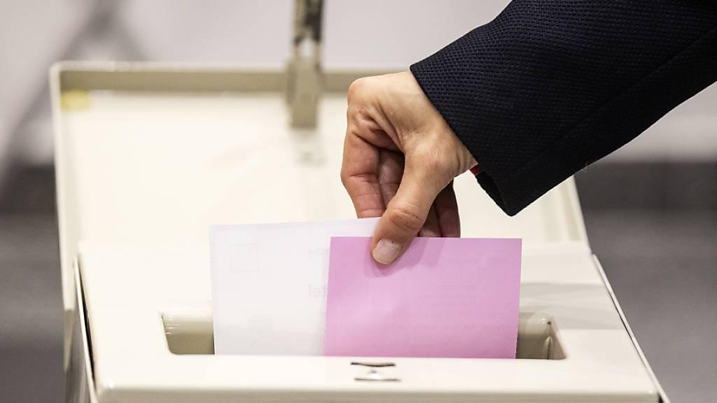 Eine Volksinitiative fordert Transparenz bei der Finanzierung von Wahl- und Abstimmungskampagnen. (Symbolbild)