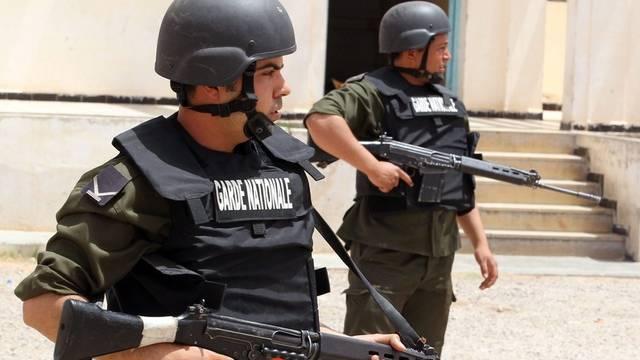 Tunesische Soldaten in Dehiba