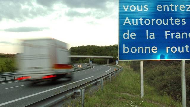 Rätselhafter Tod dreier Mädchen auf einer Autobahn in Frankreich (Symbolbild)