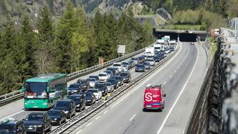 Osterstau am Gotthard