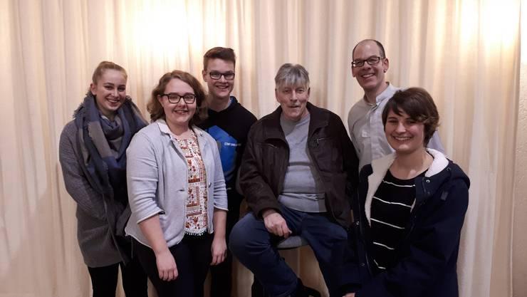 Von links nach rechts: Michelle Müller, Laura Fischer, Stefan Keller, Adrian Stampfli, Michael Kramer, Celine Cibien