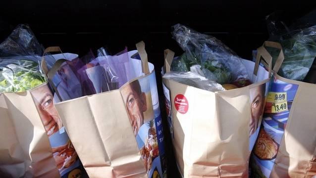 Die Gränicher Samariter haben während des Lockdowns einen Einkaufs-Service für ältere Einwohner angeboten. (Symbolbild, Archiv)