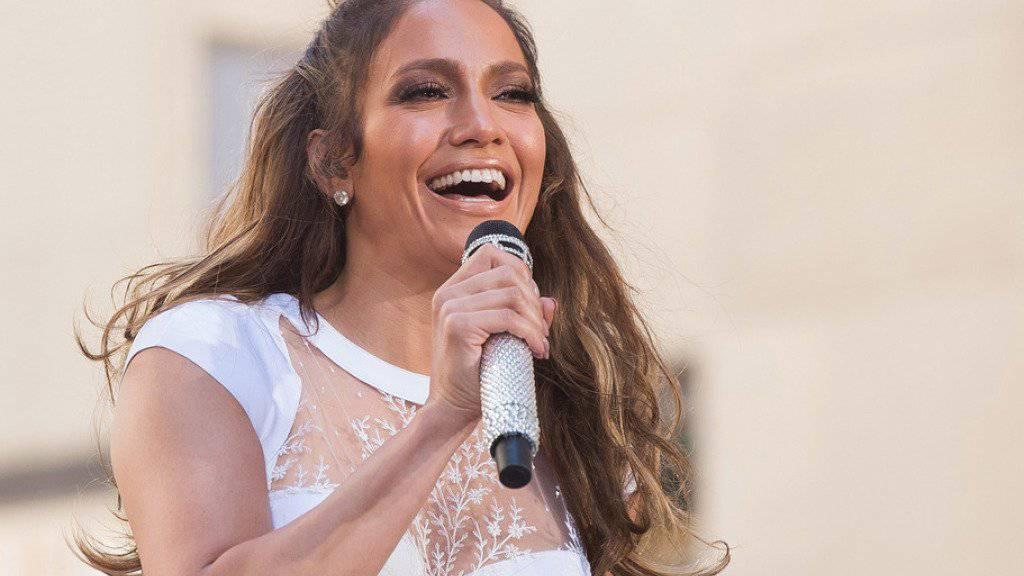 """""""Ihre Geschichte entsteht heute Nacht"""": Jennifer Lopez freut sich über Hillary Clintons Nominierung zur Präsidentschaftskandidatin. (Archivbild)"""
