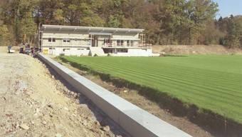 Das neue Klubhaus: Der Fussballklub Rupperswil zügelt zur Stockhard-Kiesgrube. (Heinz Fröhlich)