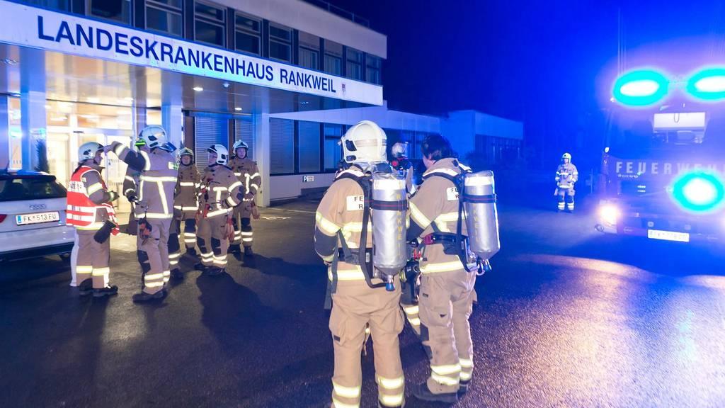 Brand im Spital mit fünf verletzten Pflegern – Patient wird festgenommen